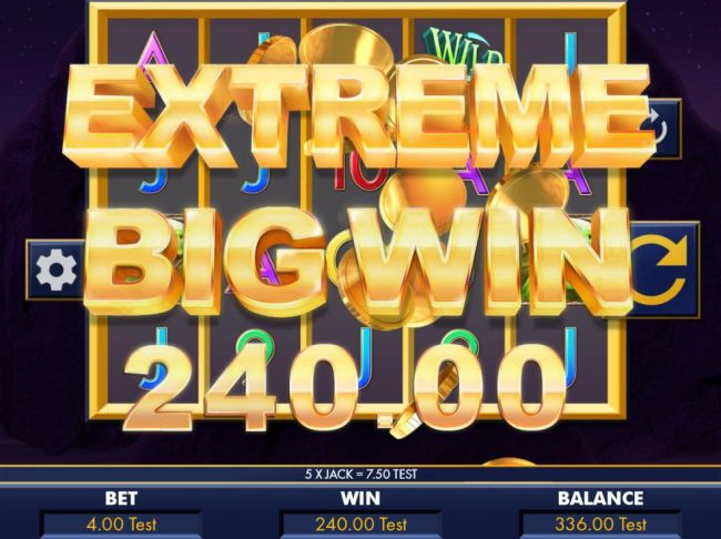 Multiple winning paylines triggers an extreme big win!